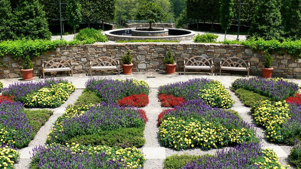 Fun things to do in Asheville NC : North Carolina Arboretum in Asheville, NC.